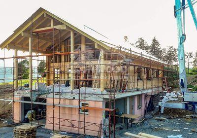 Individual-Blockhaus bei Salzburg, ökologisch Bauen, Österreich, Baustoff Holz