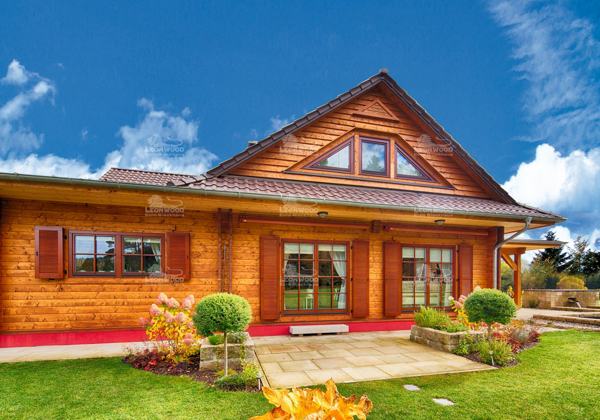 blockhaus canada nordamerikanischer lifestyle mit l onwood. Black Bedroom Furniture Sets. Home Design Ideas