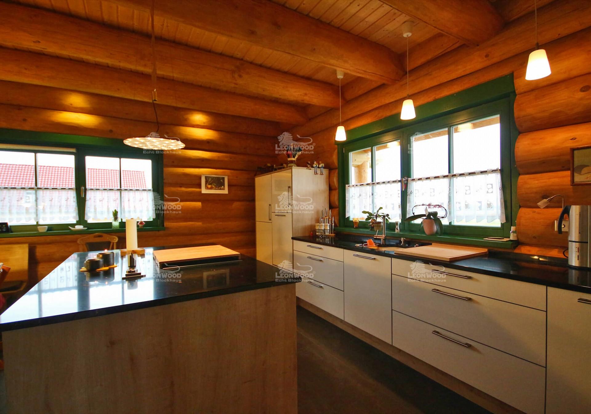 Blockhaus Yukon Canada :: LéonWood